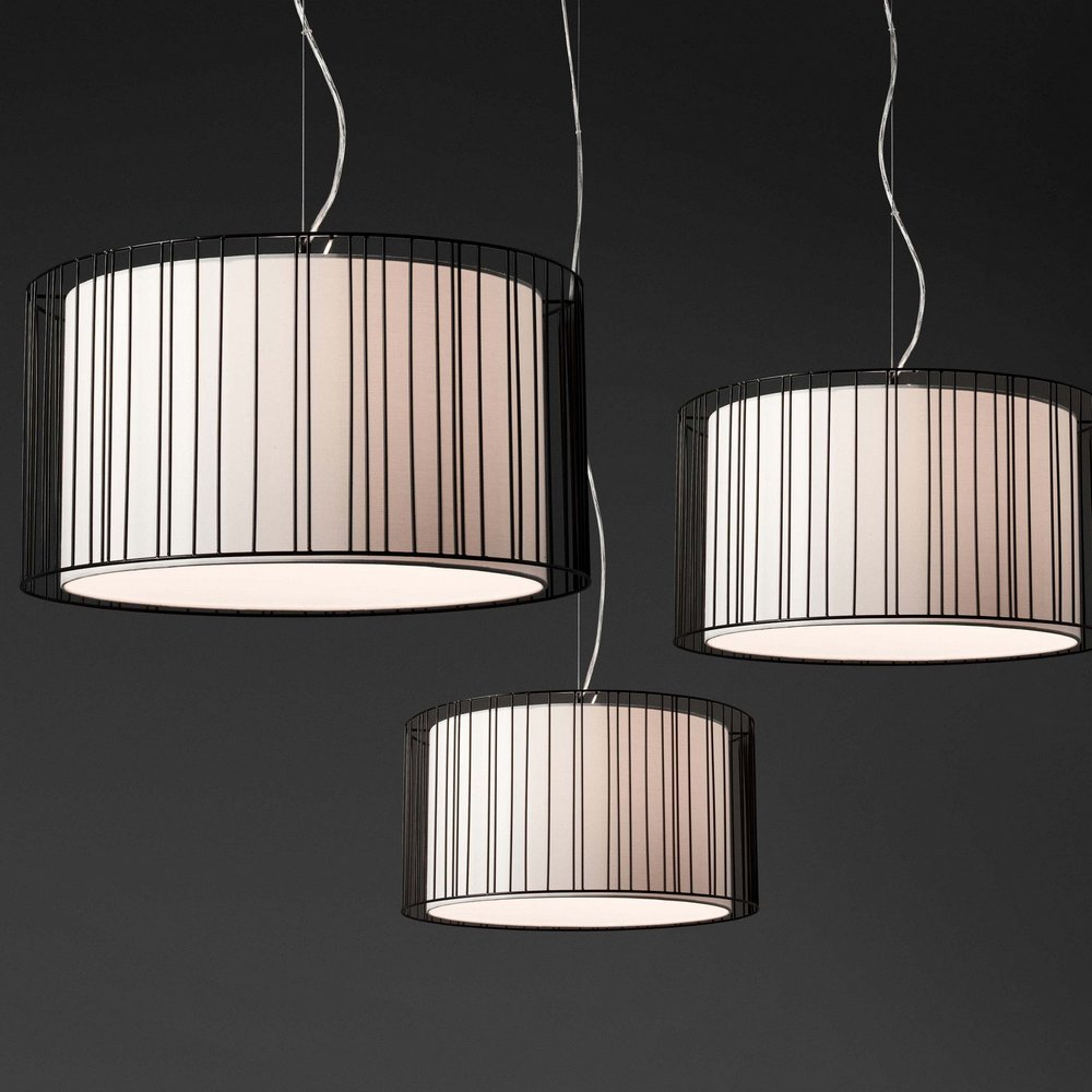 Suspension moderne en m tal noir collection linda avec for Suspension moderne noir