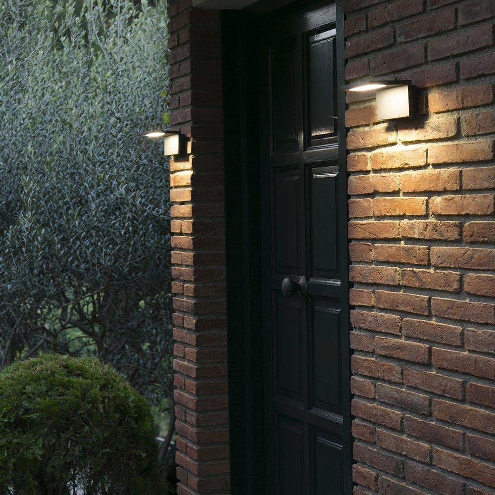 Ele applique lumineuse led pour l 39 clairage ext rieur for Applique pour eclairage exterieur
