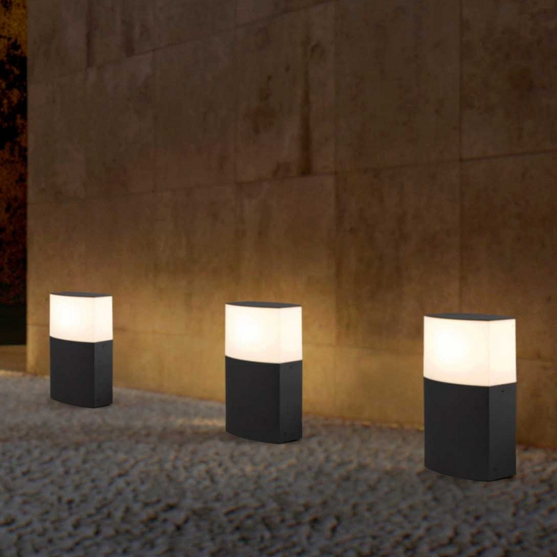 borne clairage ext rieur 3. Black Bedroom Furniture Sets. Home Design Ideas