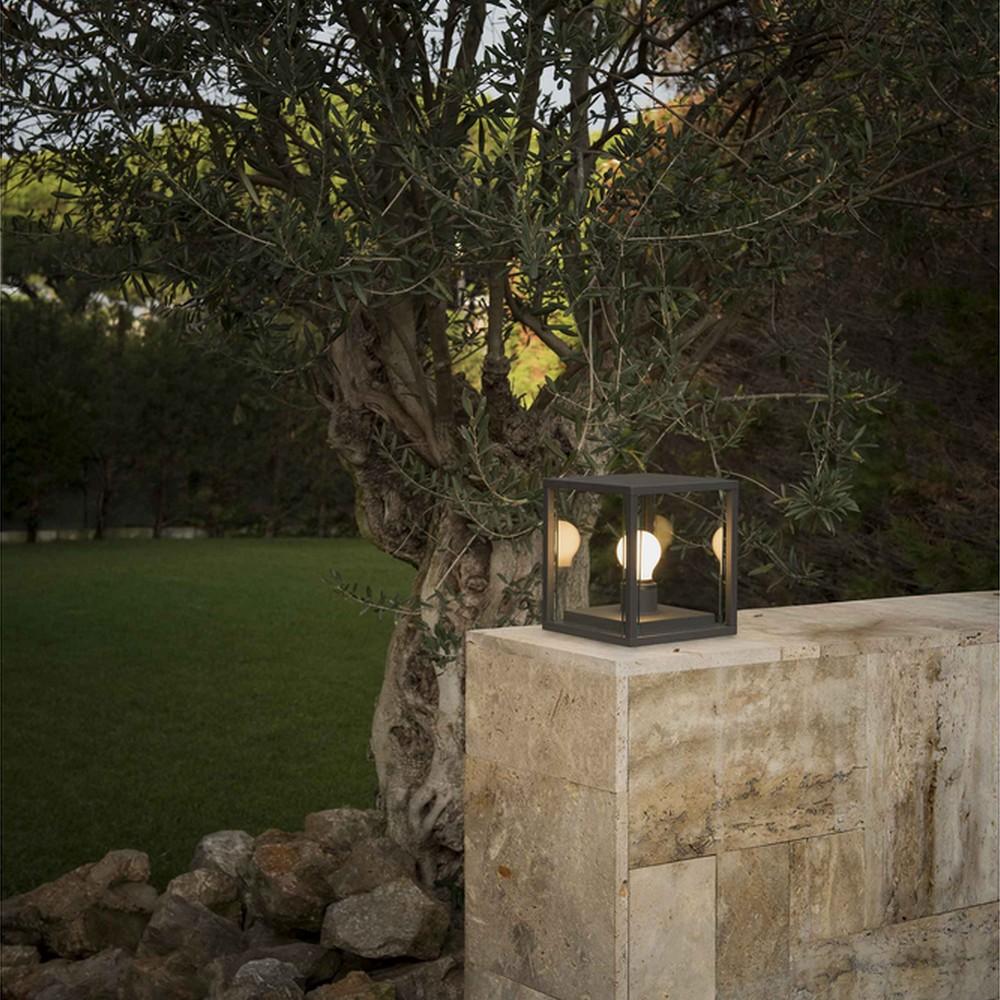 NALA : Potelet lumineux gris anthracite pour l\'éclairage extérieur ...