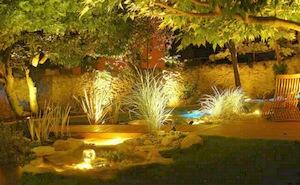 Apprenez à sublimer votre éclairage de jardin grâce à la ...